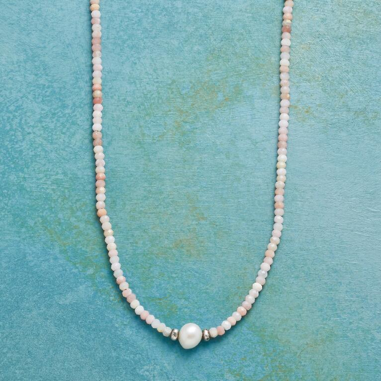 TENDER TOUCH NECKLACE