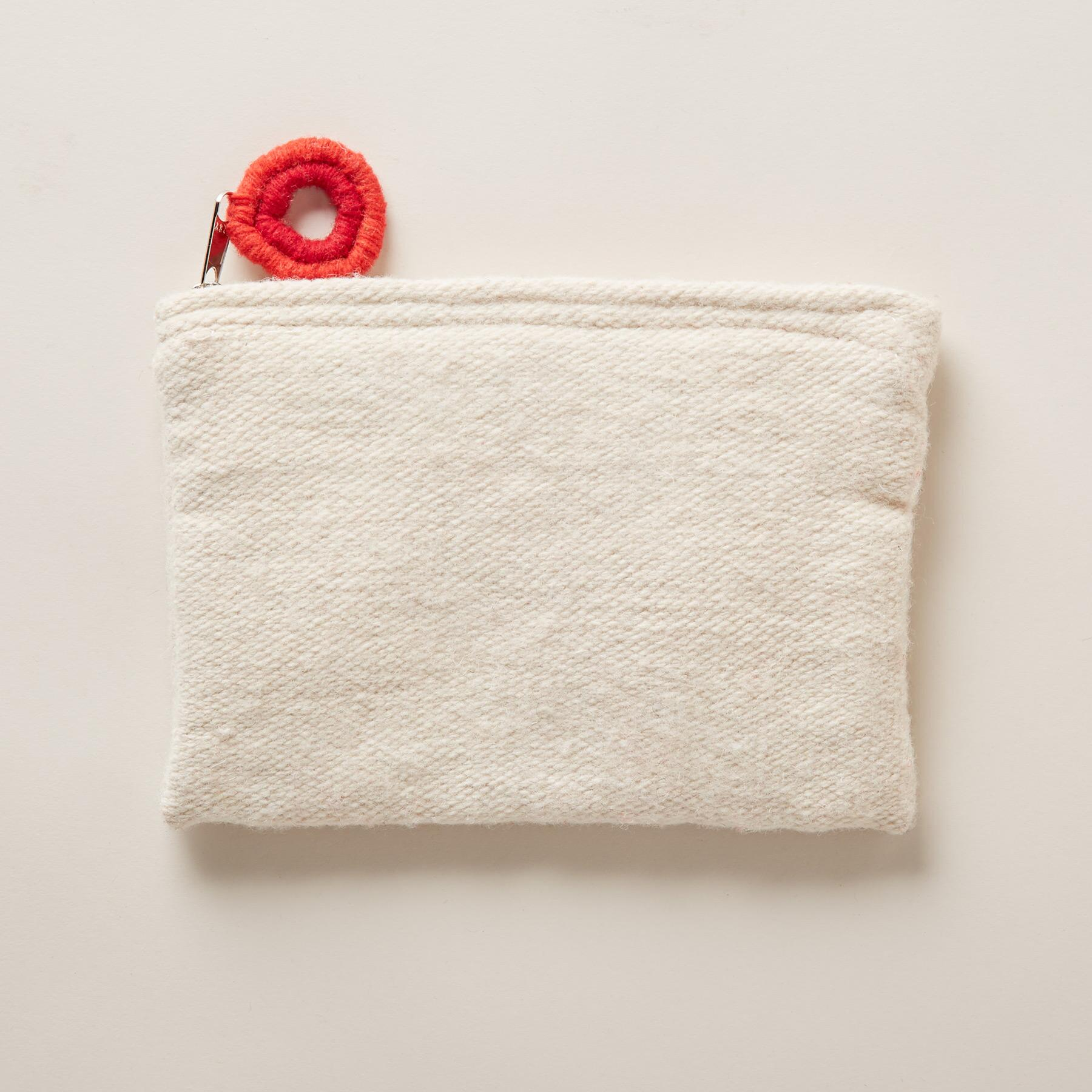 HEARTFUL POUCH: View 2