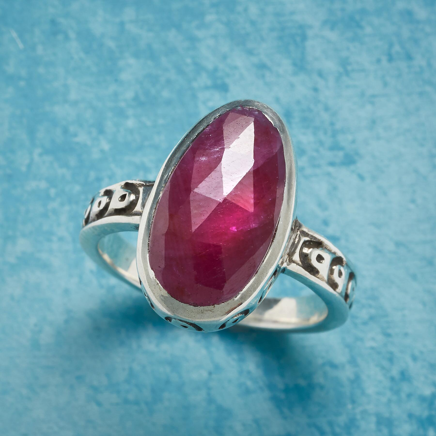 FIRELIGHT RING: View 1