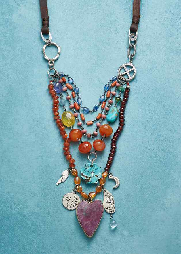HEART'S JOURNEY NECKLACE