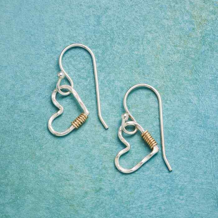 LIGHT HEARTED EARRINGS