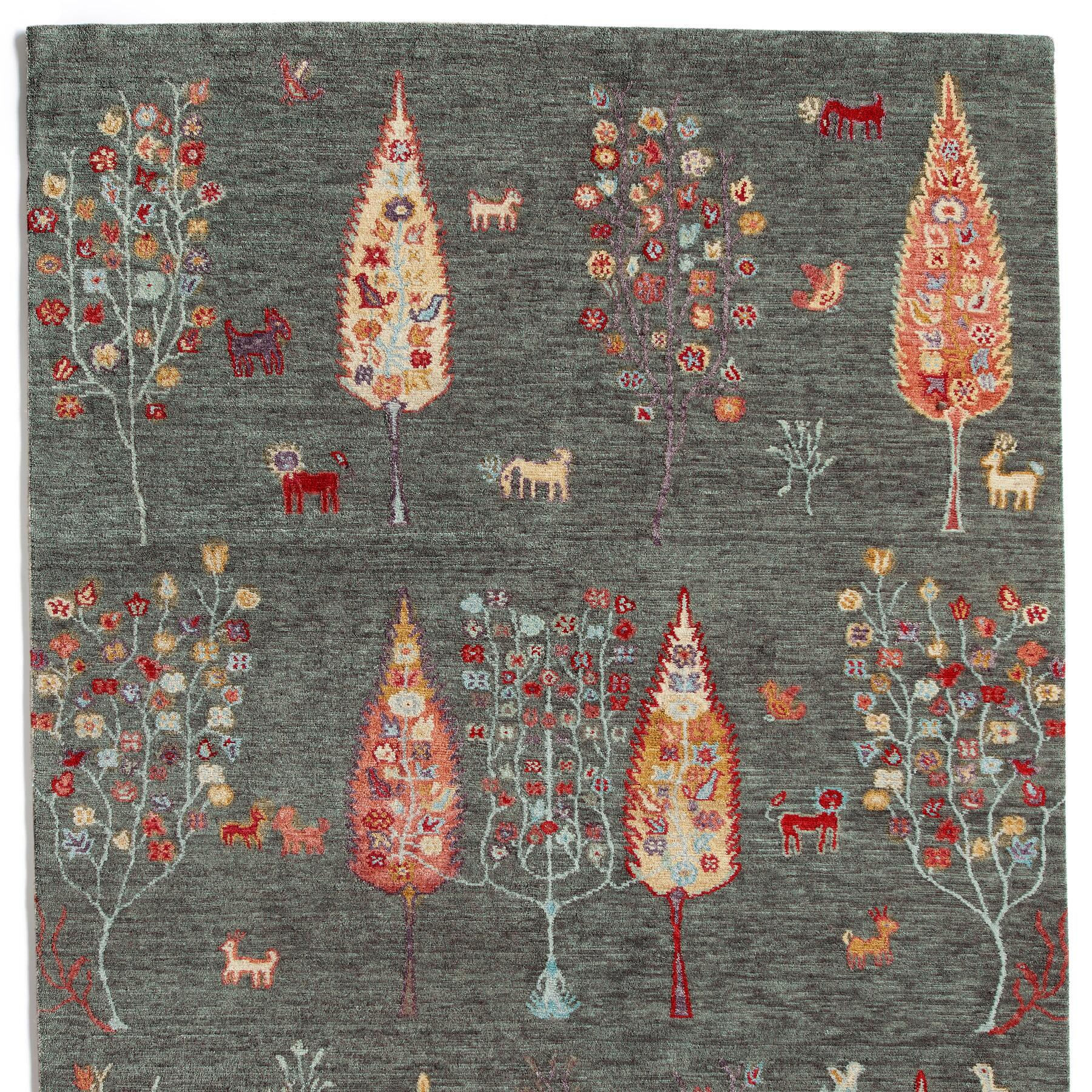 WOODLAND GREETING RUG, LARGE: View 1