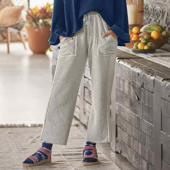 COASTAL KNIT PANTS