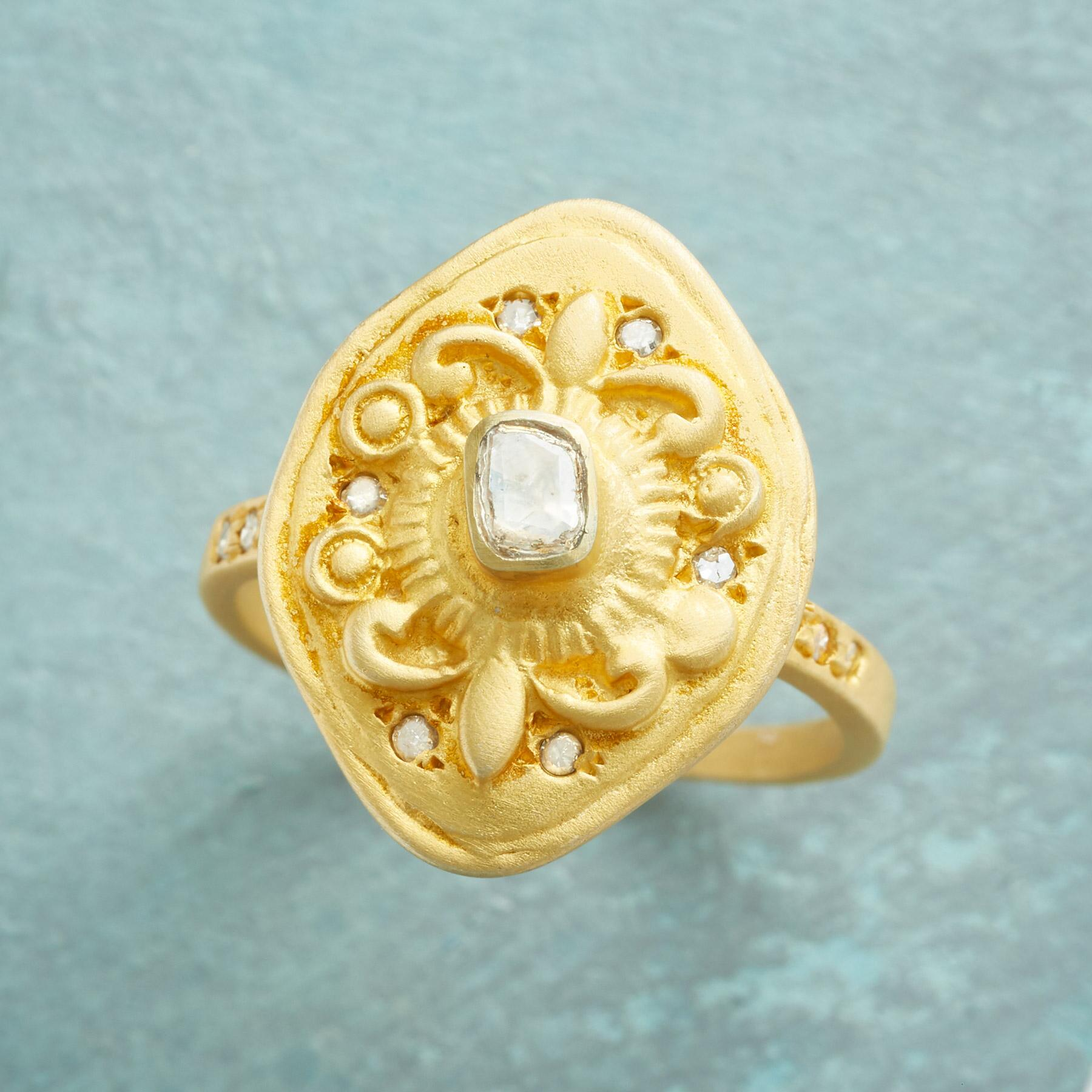 BEAU SOLEIL DIAMOND RING: View 1