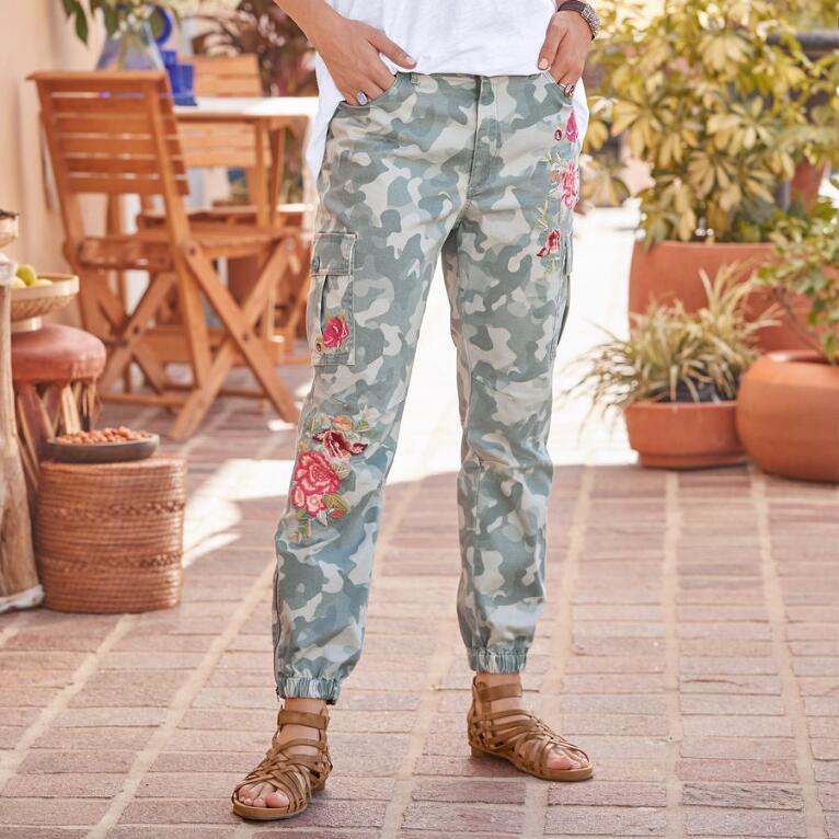 DESERT FLORAL CARGO PANTS