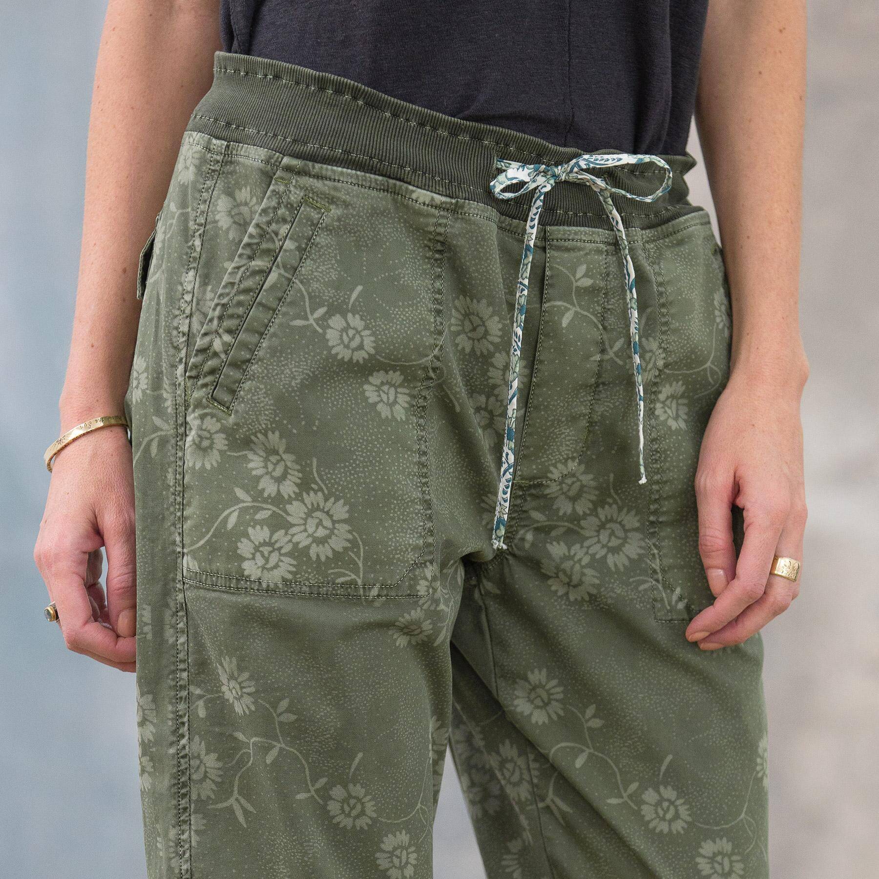 DELICATE VINES PANTS: View 4