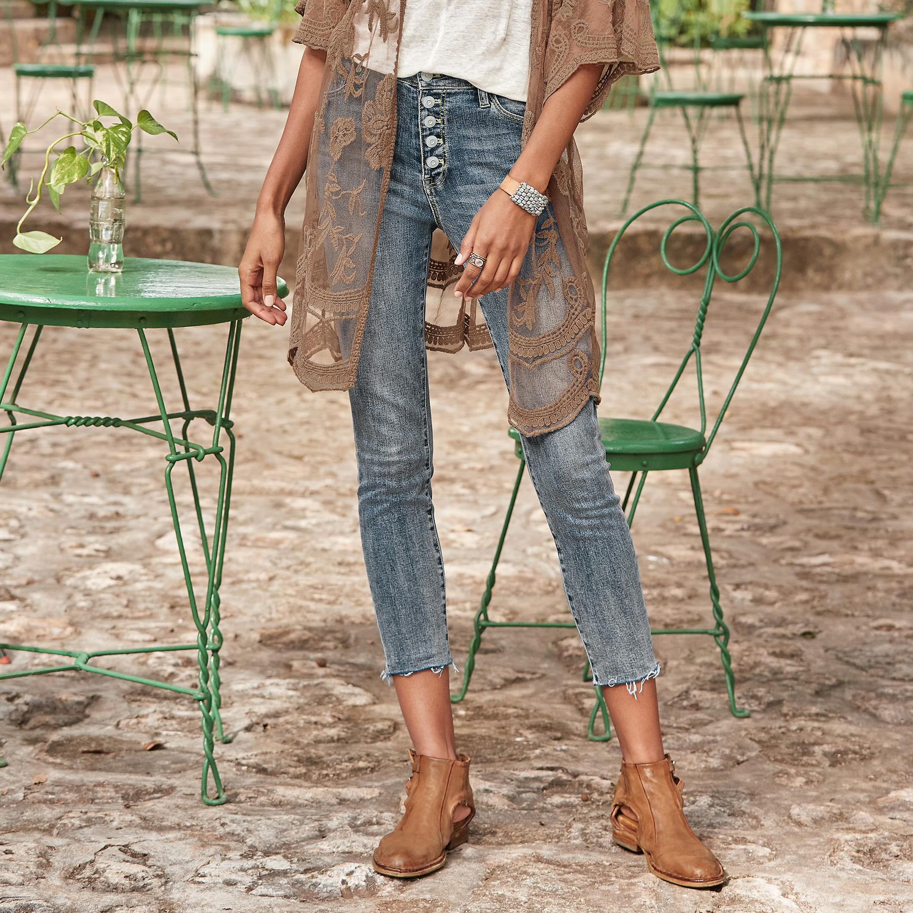 CONRAD SKINNY ANKLE JEANS: View 1