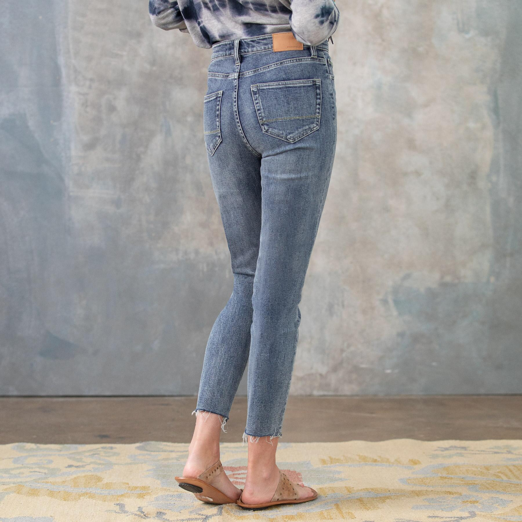 CONRAD SKINNY ANKLE JEANS: View 3