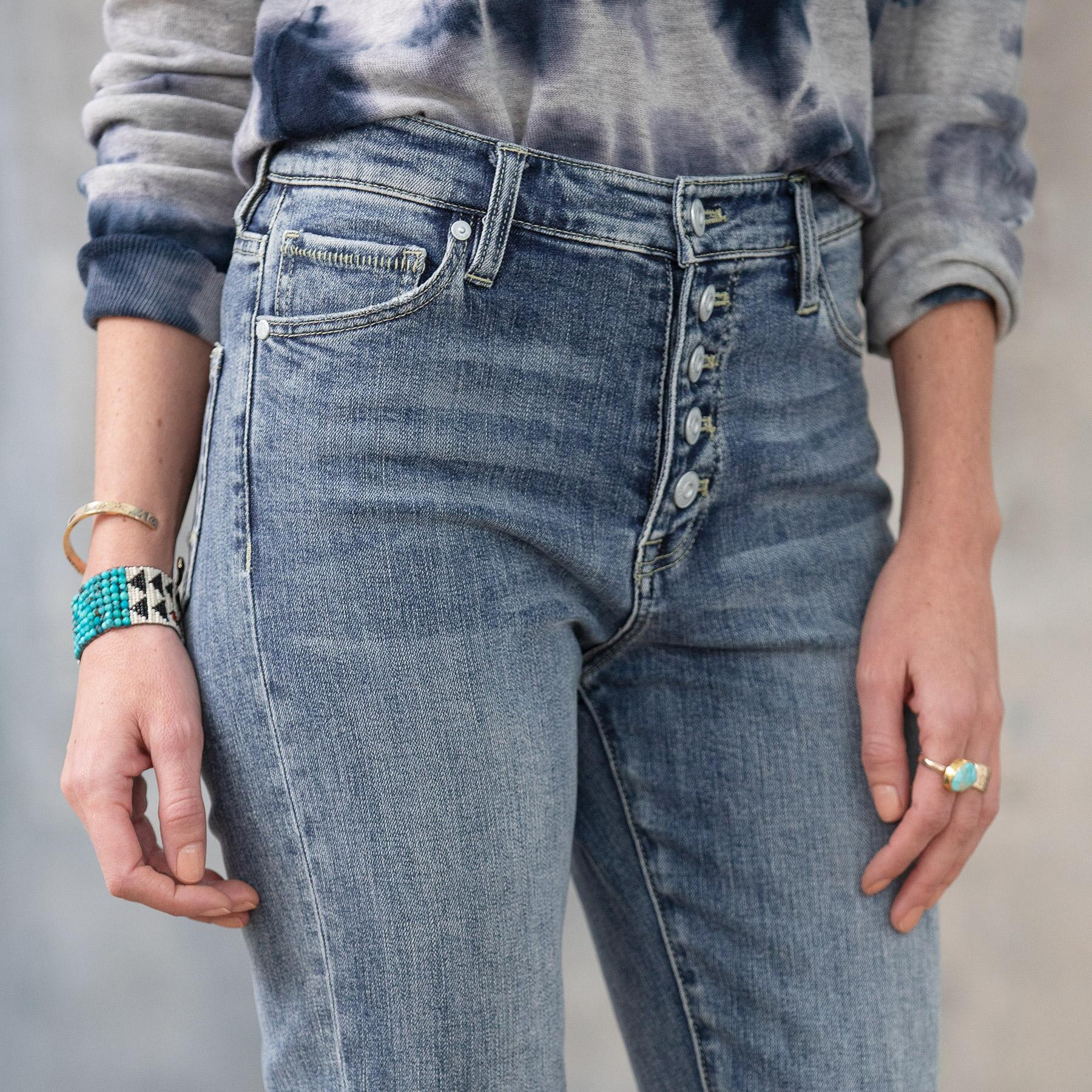 CONRAD SKINNY ANKLE JEANS: View 4