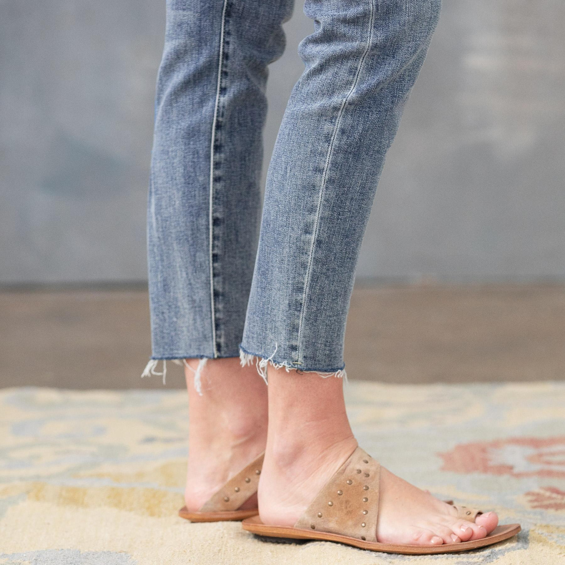 CONRAD SKINNY ANKLE JEANS: View 5