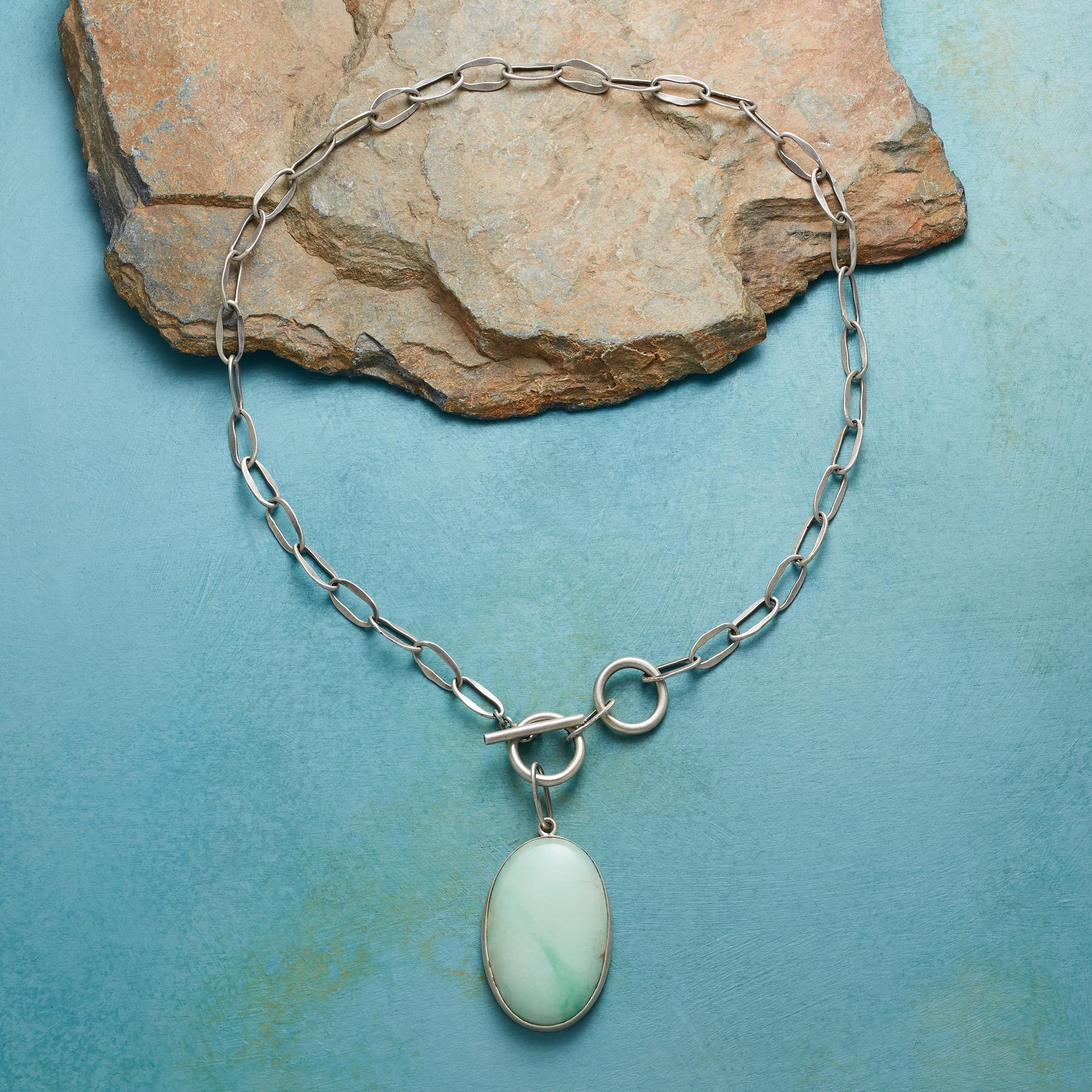 CHRYSOPRASE NECKLACE: View 2