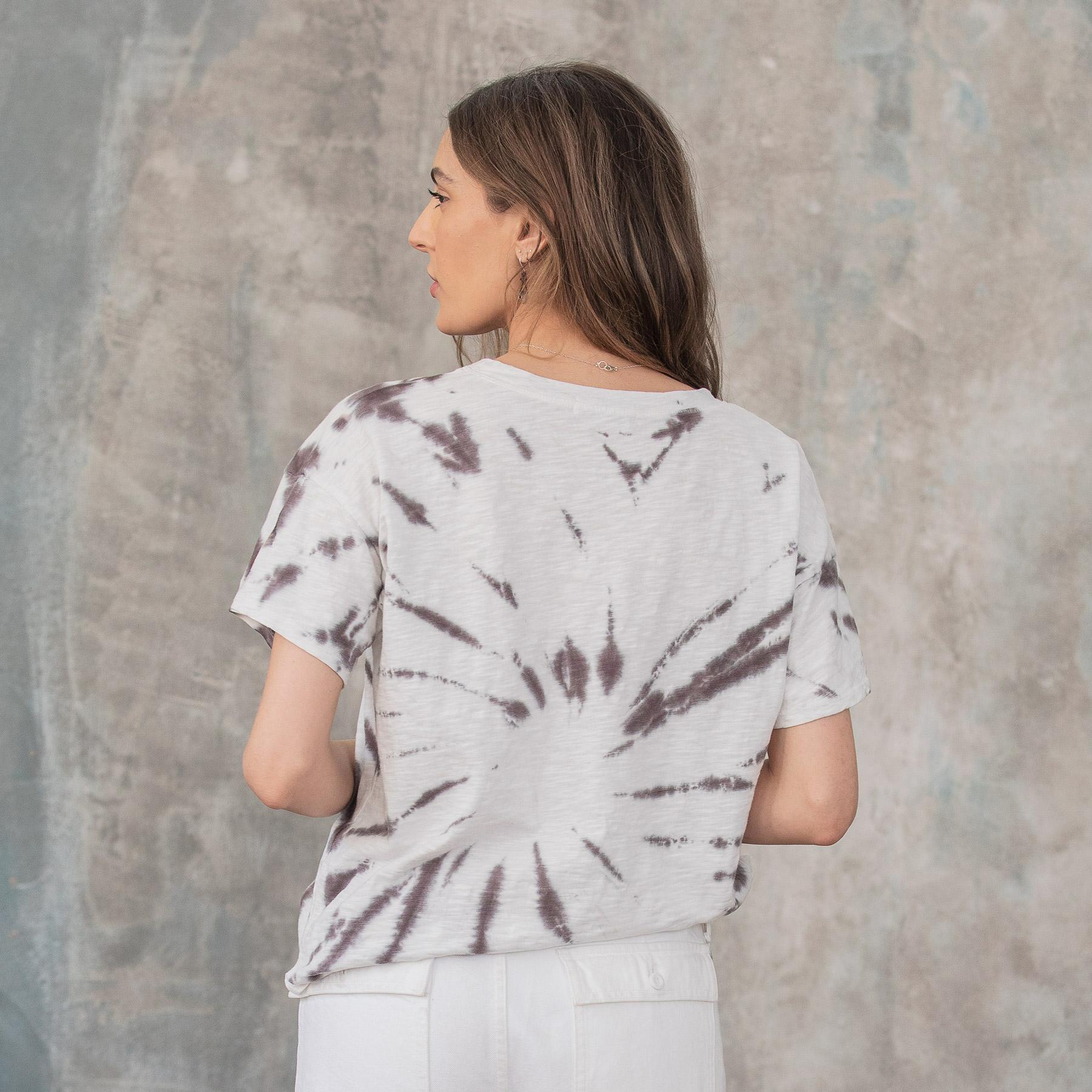 IN & AROUND TEE: View 2