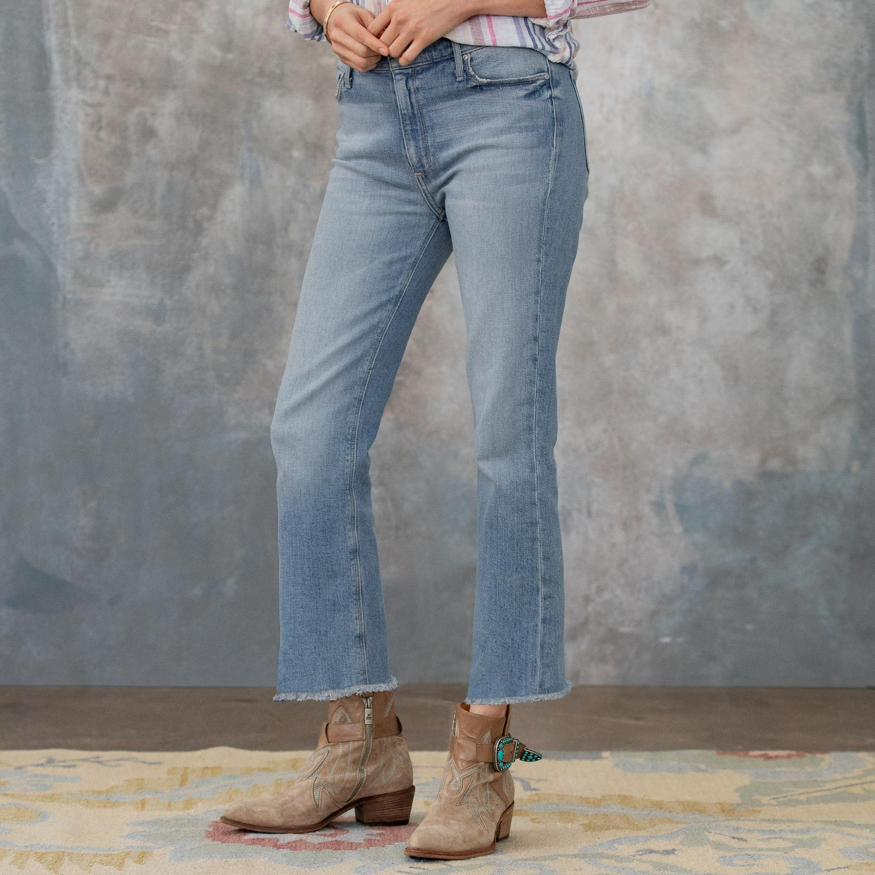 OLIVIA FRAYED ANKLE JEANS: View 2
