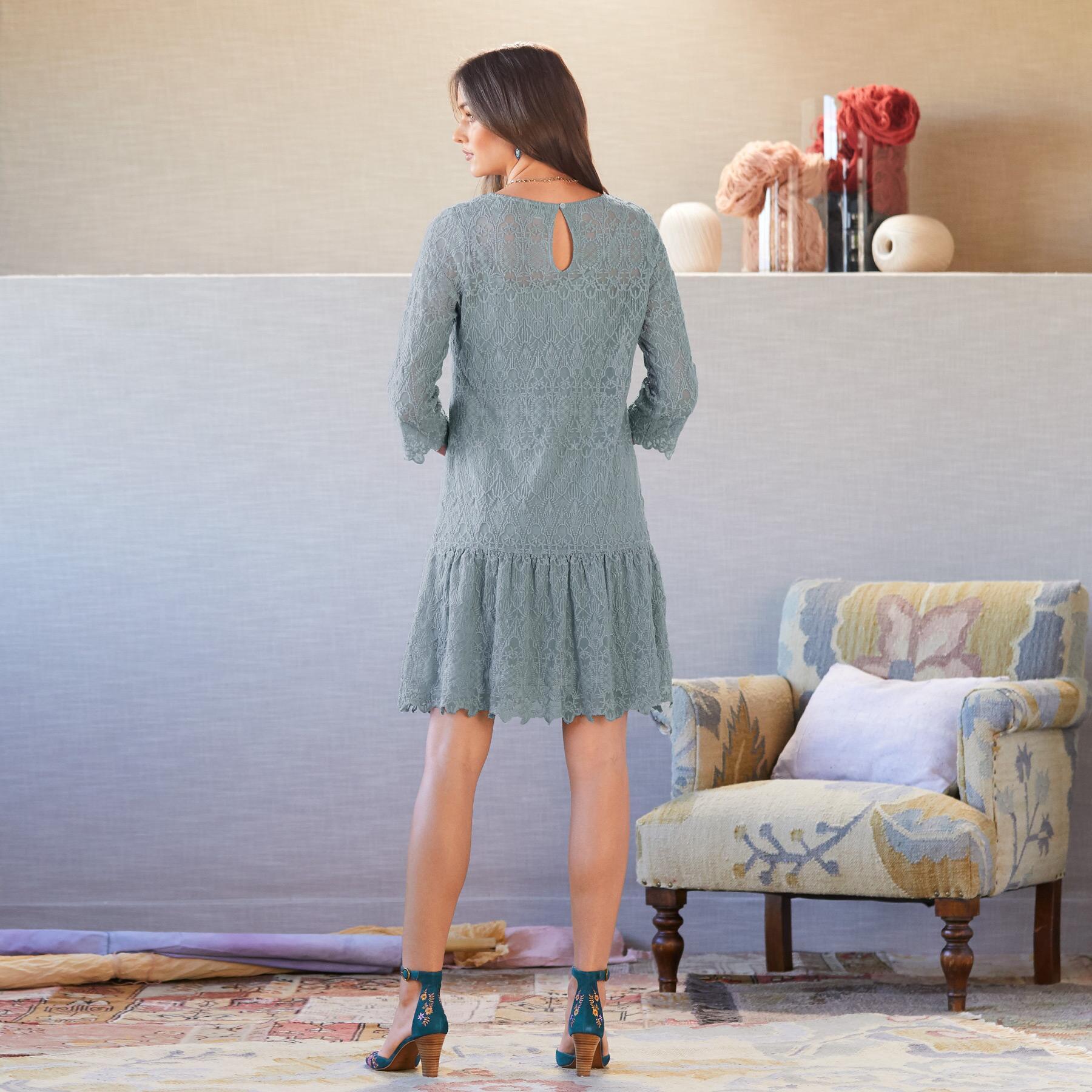 WINDFLOWER WHISPER DRESS - PETITES: View 2