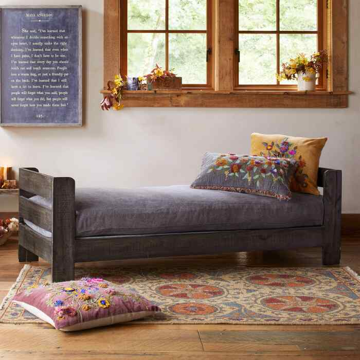 FAVORITE DAY BED SLIPCOVER AND PILLOWS