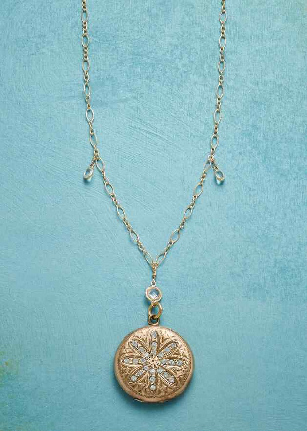 MAISIE HEIRLOOM LOCKET NECKLACE