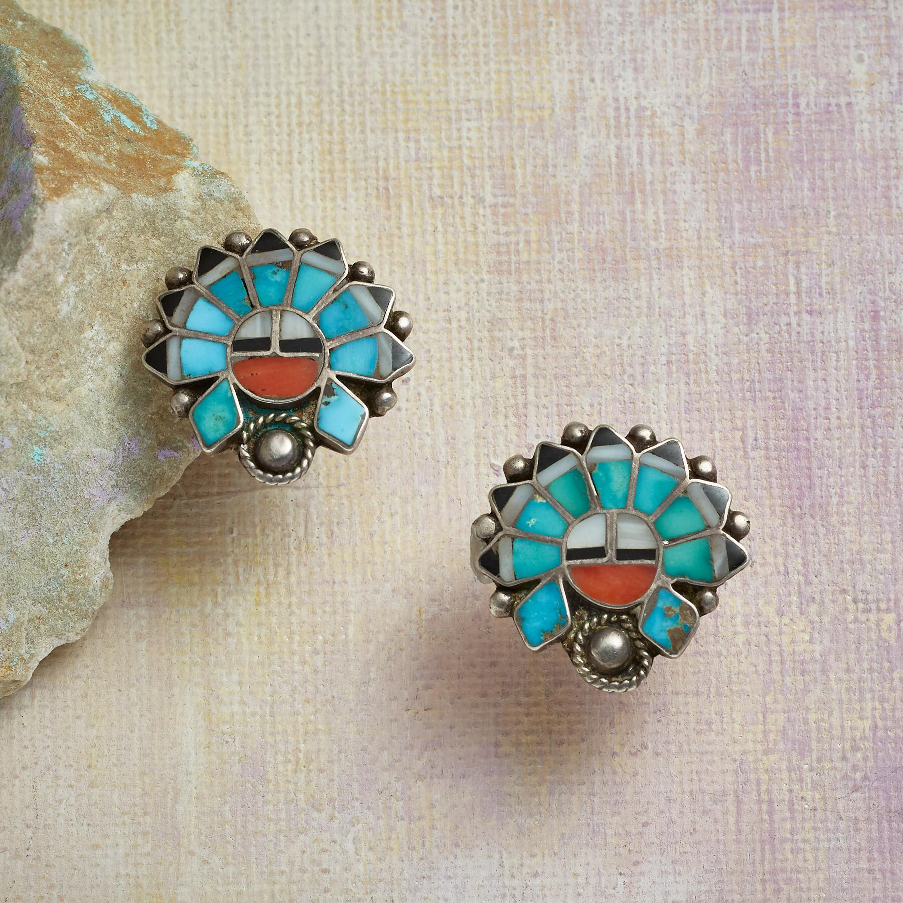 1950S TURQUOISE AND CORAL SUNFACE EARRINGS: View 1