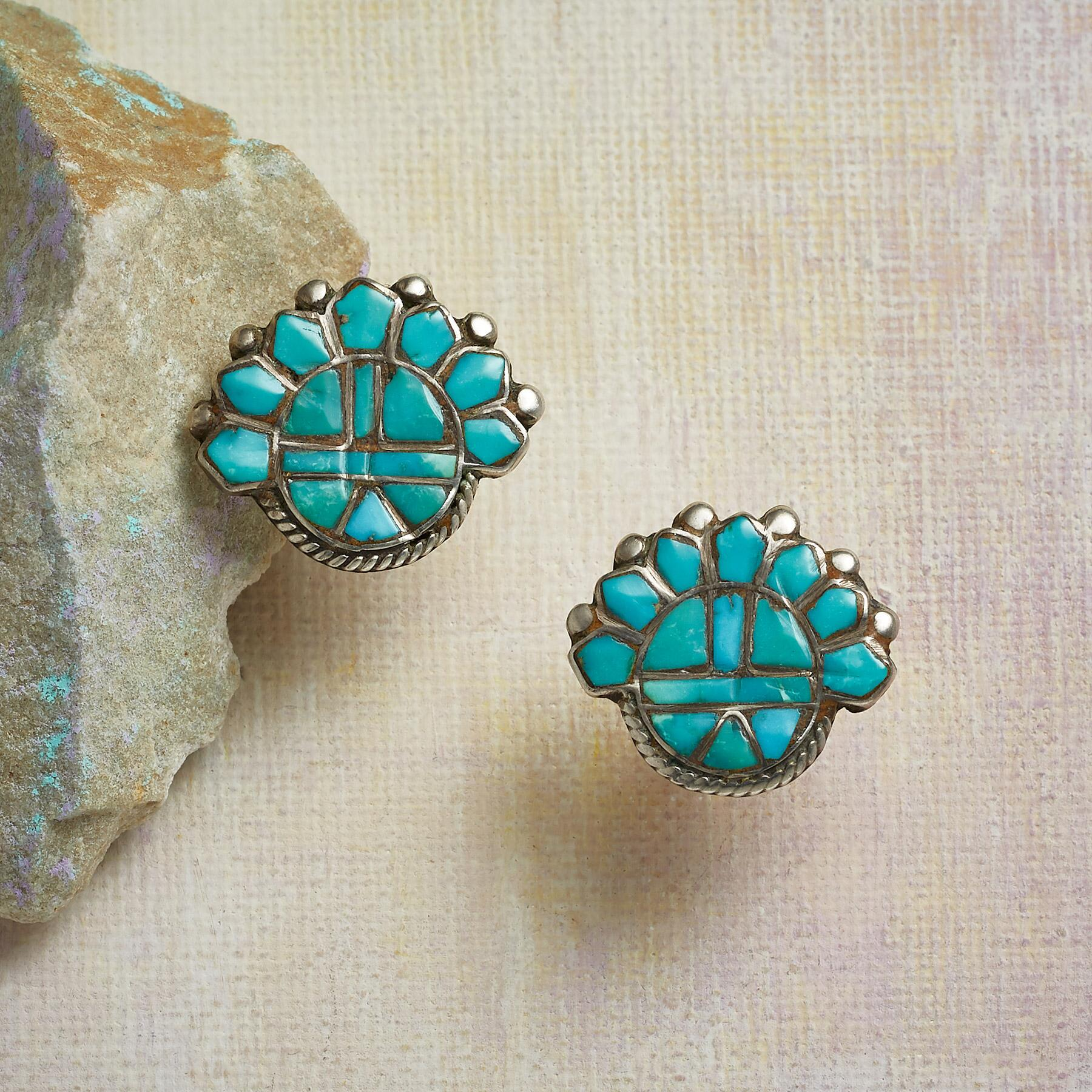 1950S ZUNI INLAID TURQUOISE EARRINGS: View 1