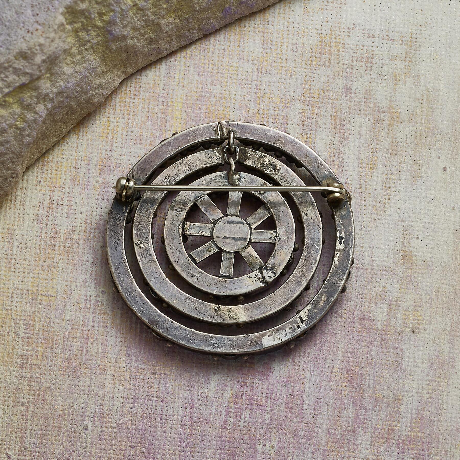 1960S ZUNI TURQUOISE PIN: View 2