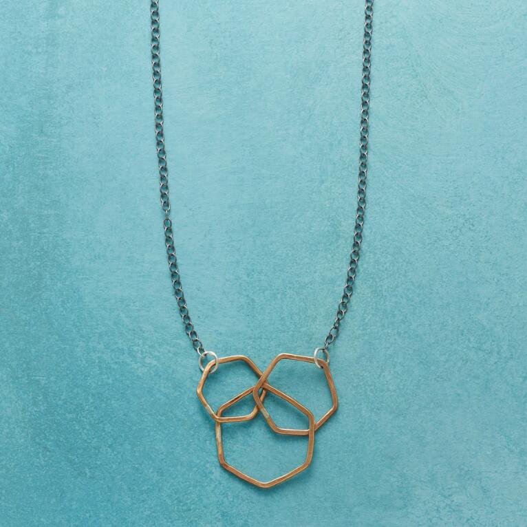 THREE VIRTUES NECKLACE