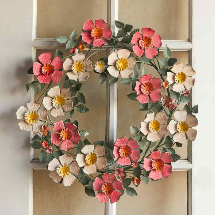 RHAPSODY IN BLOOM WREATH