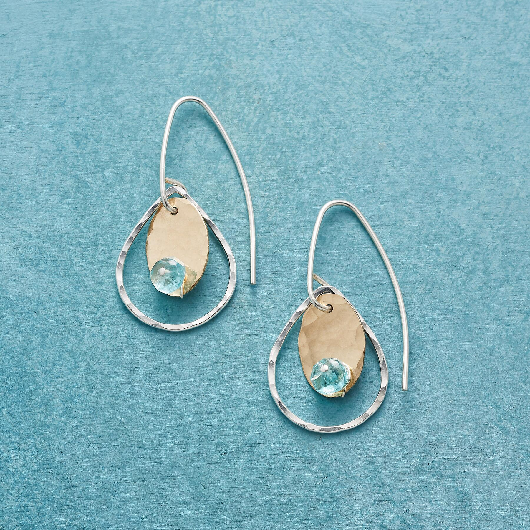 DOTTED APATITE EARRINGS: View 1