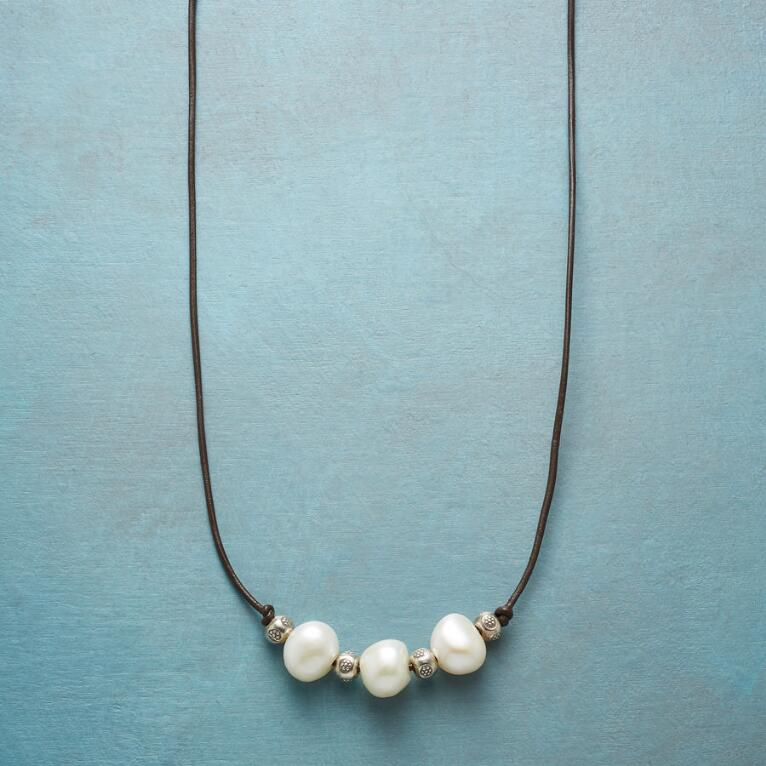 PERENNIAL PEARL NECKLACE