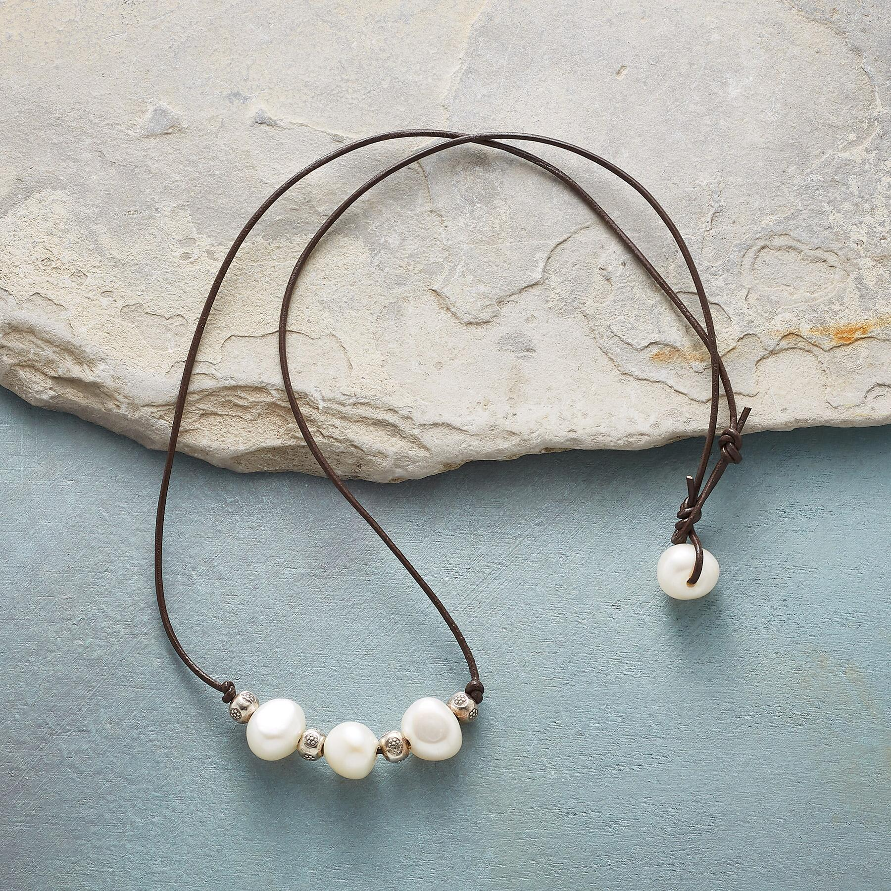 PERENNIAL PEARL NECKLACE: View 2