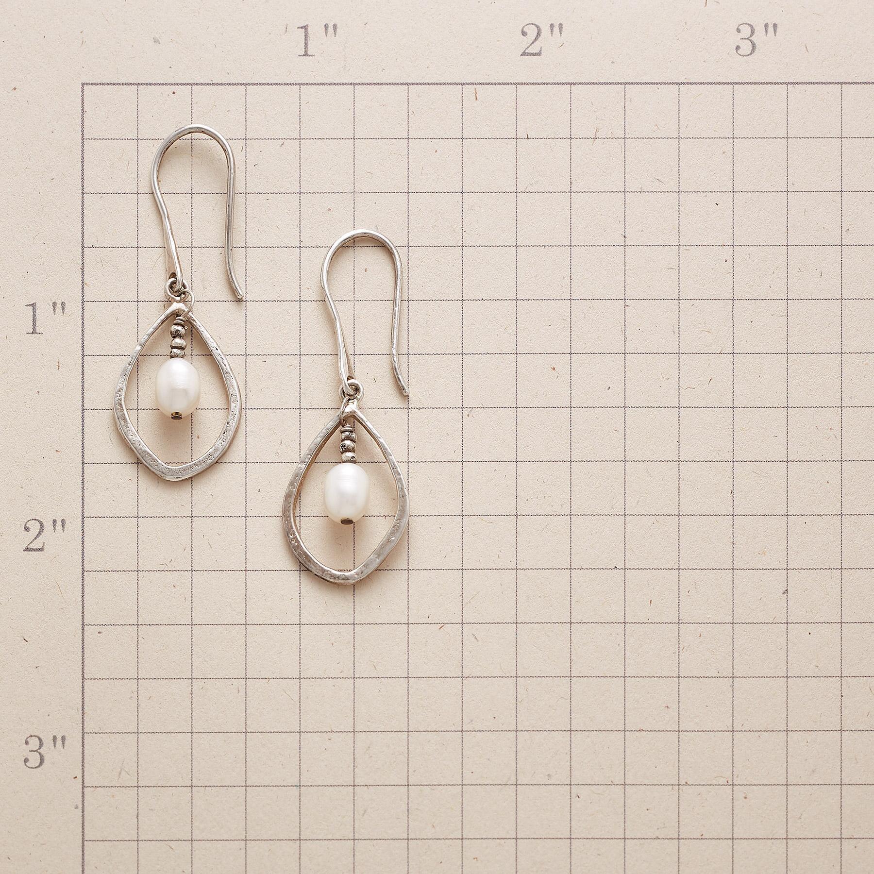 PIVOTING PEARL EARRINGS: View 2
