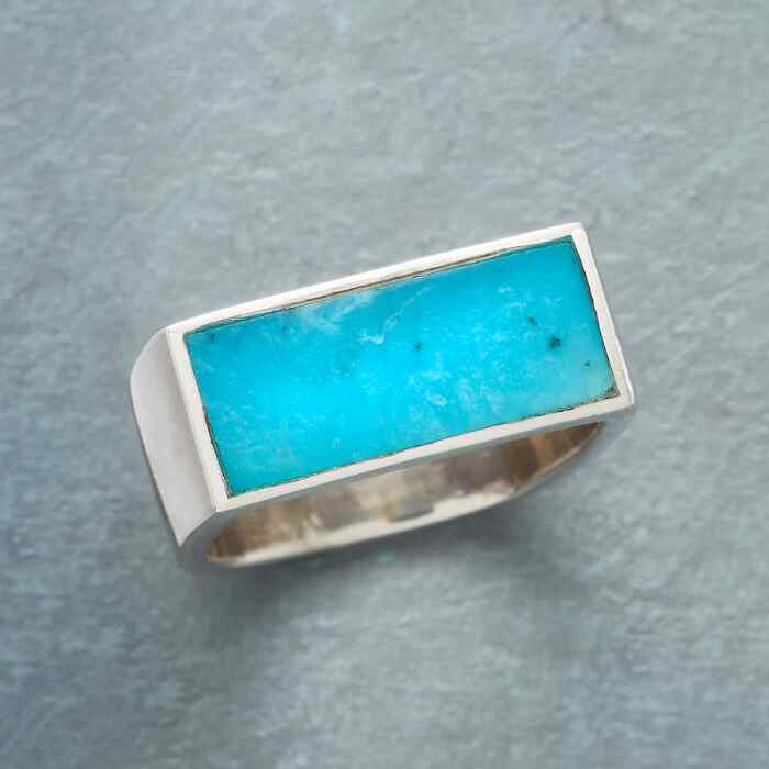 PLATEAU OF TURQUOISE RING
