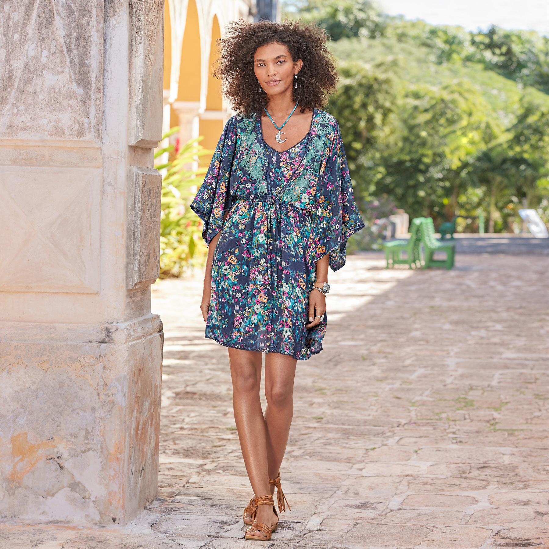 AZUL FLORAL DRESS - PETITES: View 1