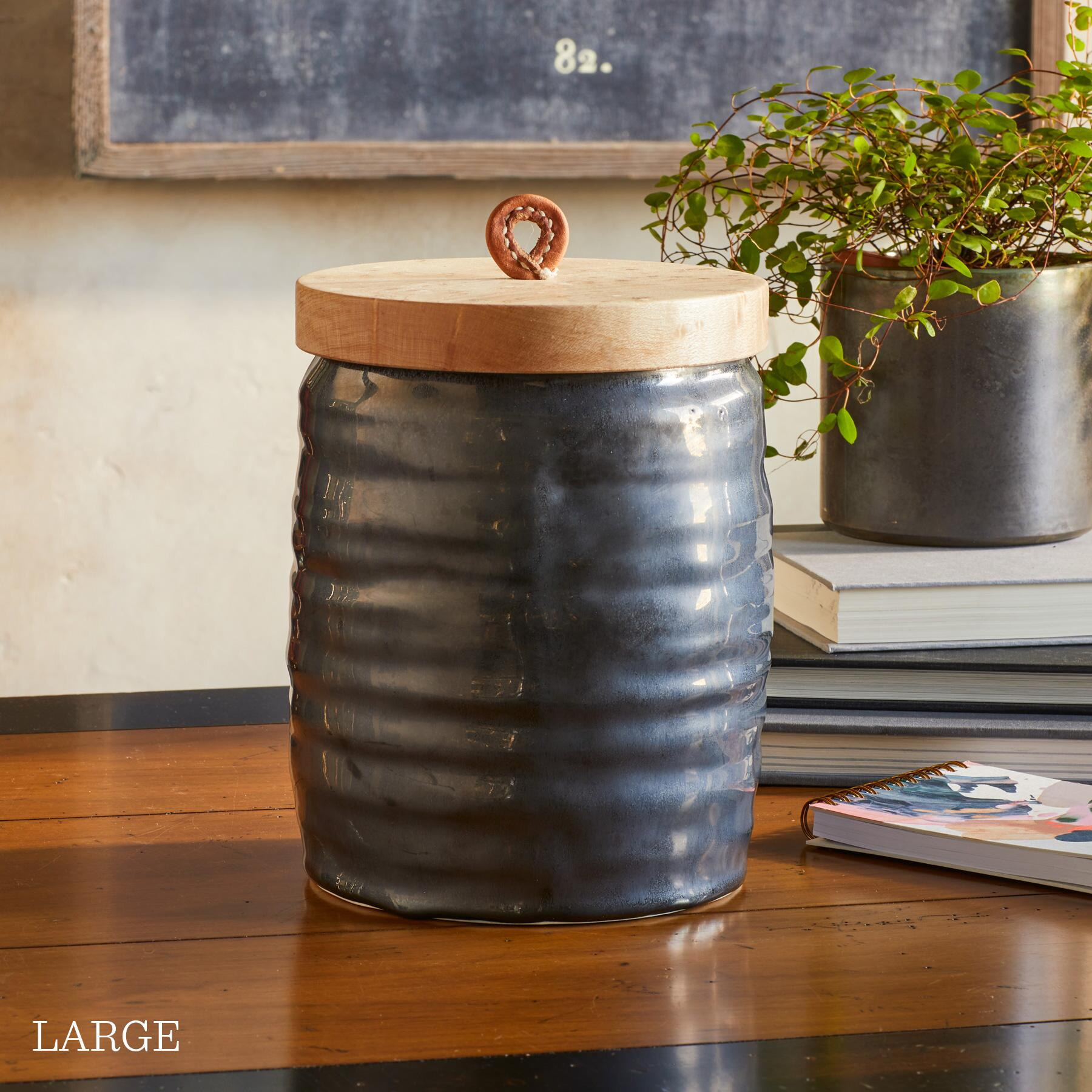 ORGANICS CANISTER: View 4