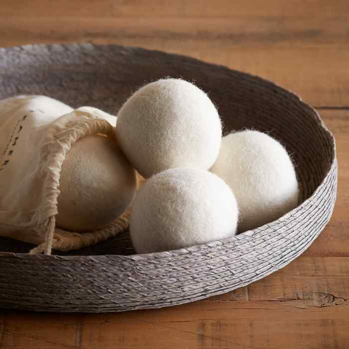 SCANDINAVIAN DESIGN TUMBLE DRYER BALLS