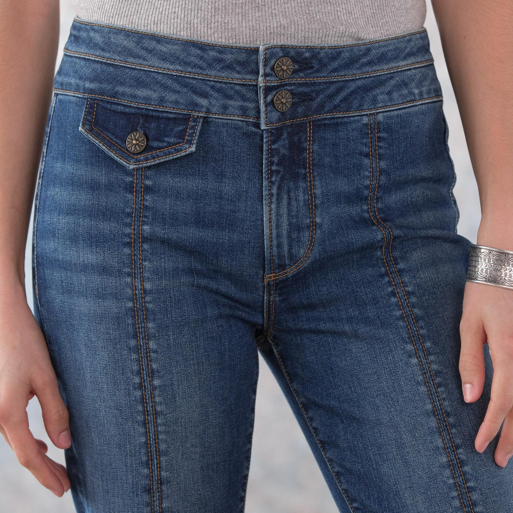 KELLY COIN POCKET BOOTCUT JEANS: View 4