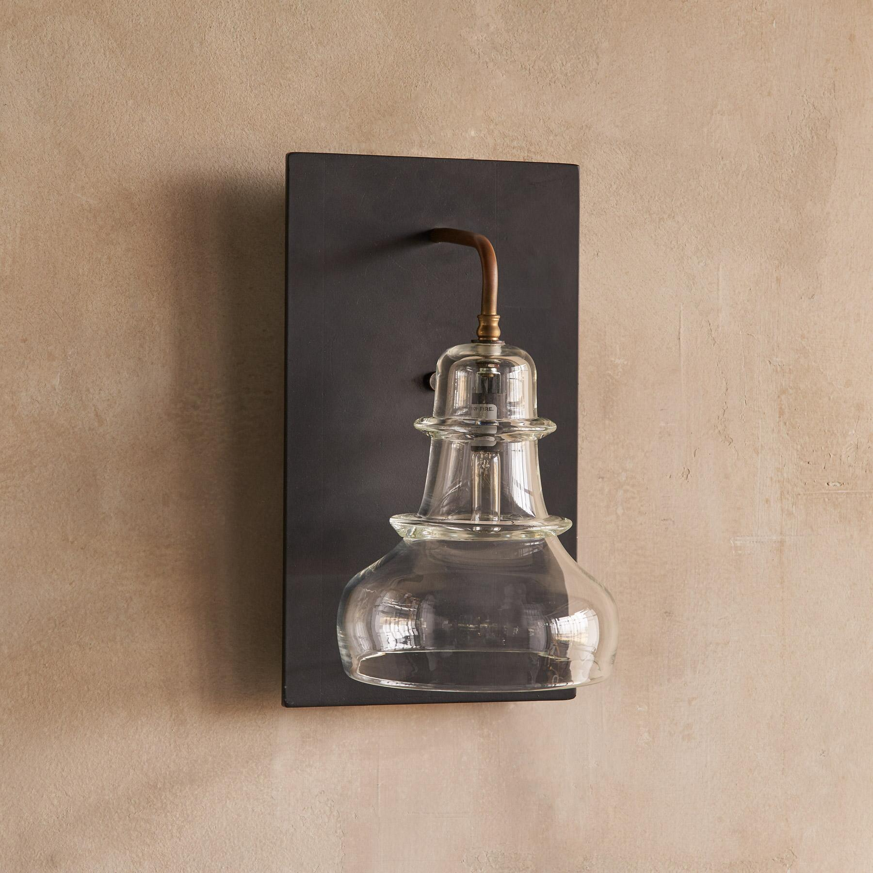 SALON GLASS SCONCE: View 2