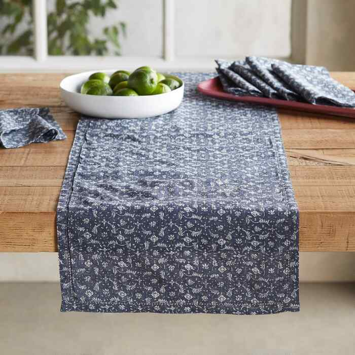 FLORAL COVE TABLE RUNNER