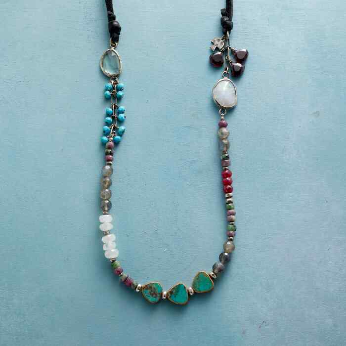 LOCAL COLOR NECKLACE