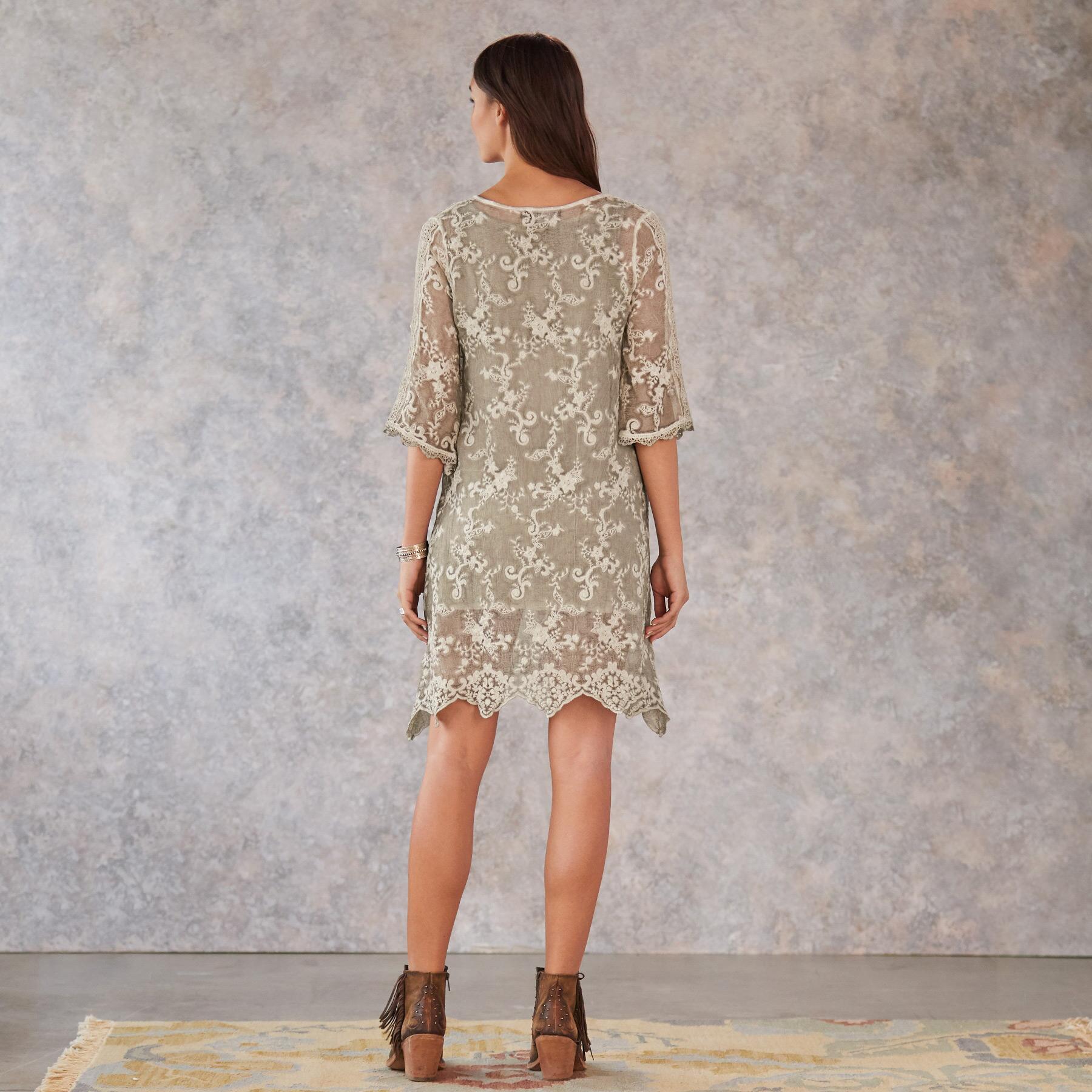 TULA LACE DRESS: View 2