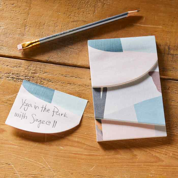 TAPESTRY STICKY NOTES