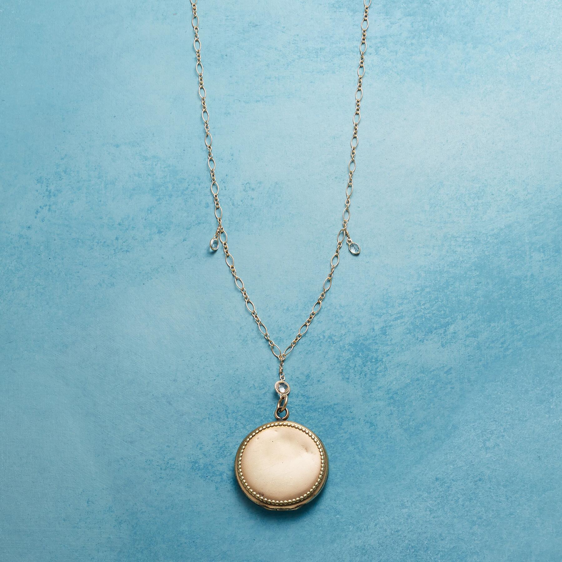 MAEVE HEIRLOOM LOCKET NECKLACE: View 3