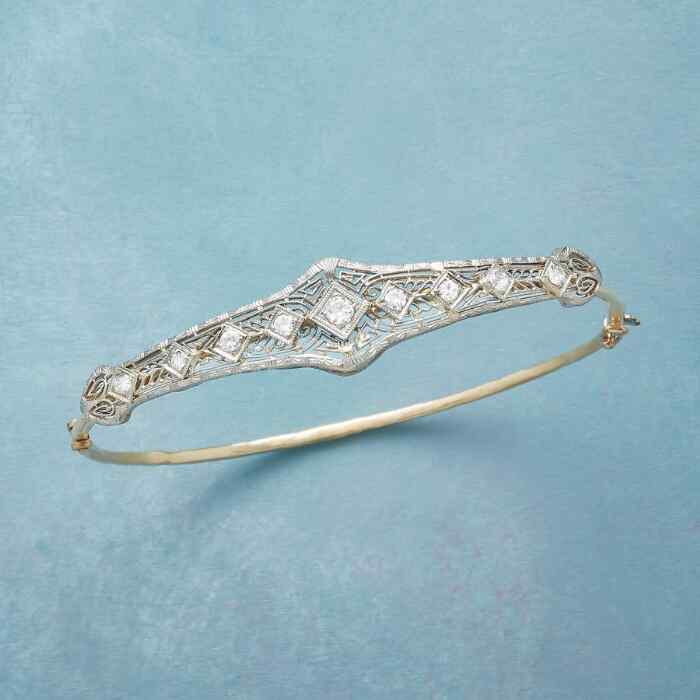 PARK PLACE VINTAGE PIN BANGLE