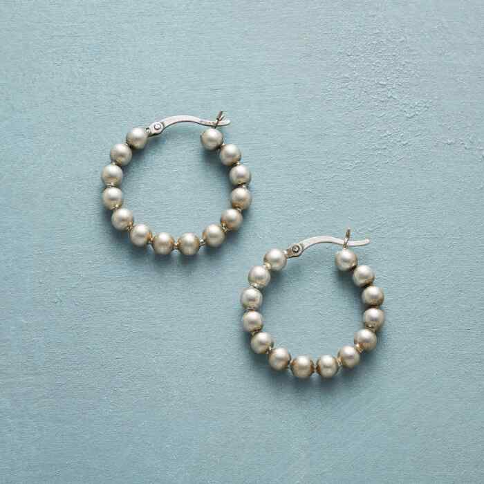 ANOTHER ROUND HOOPS