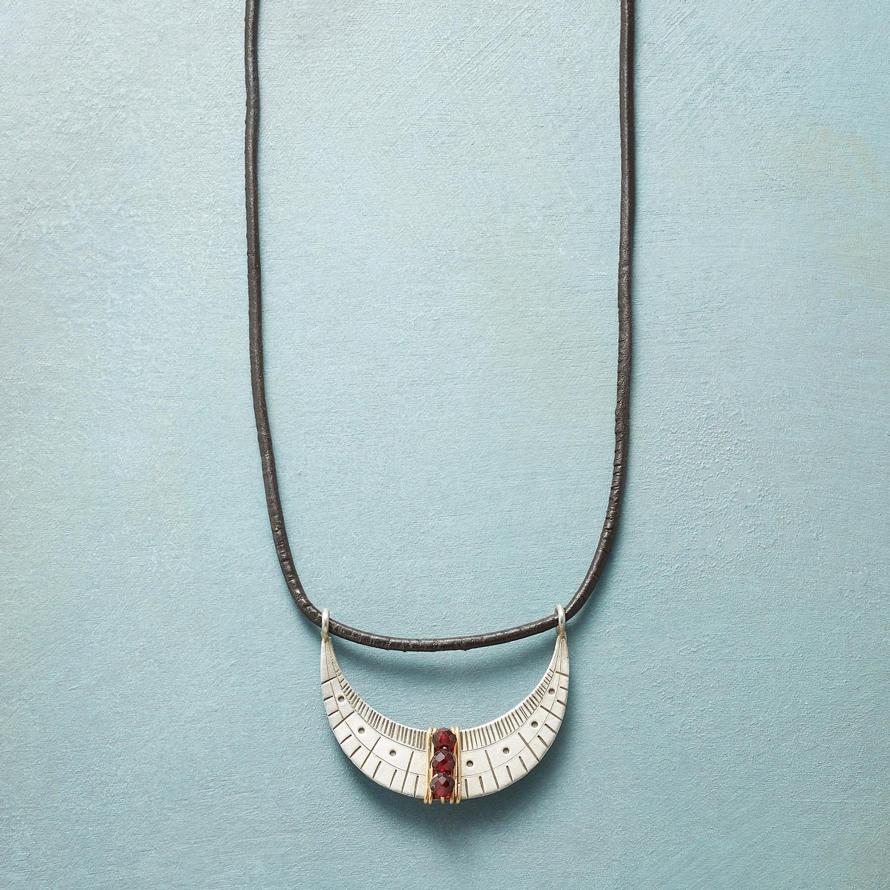 SAIL BY THE STARS NECKLACE: View 1