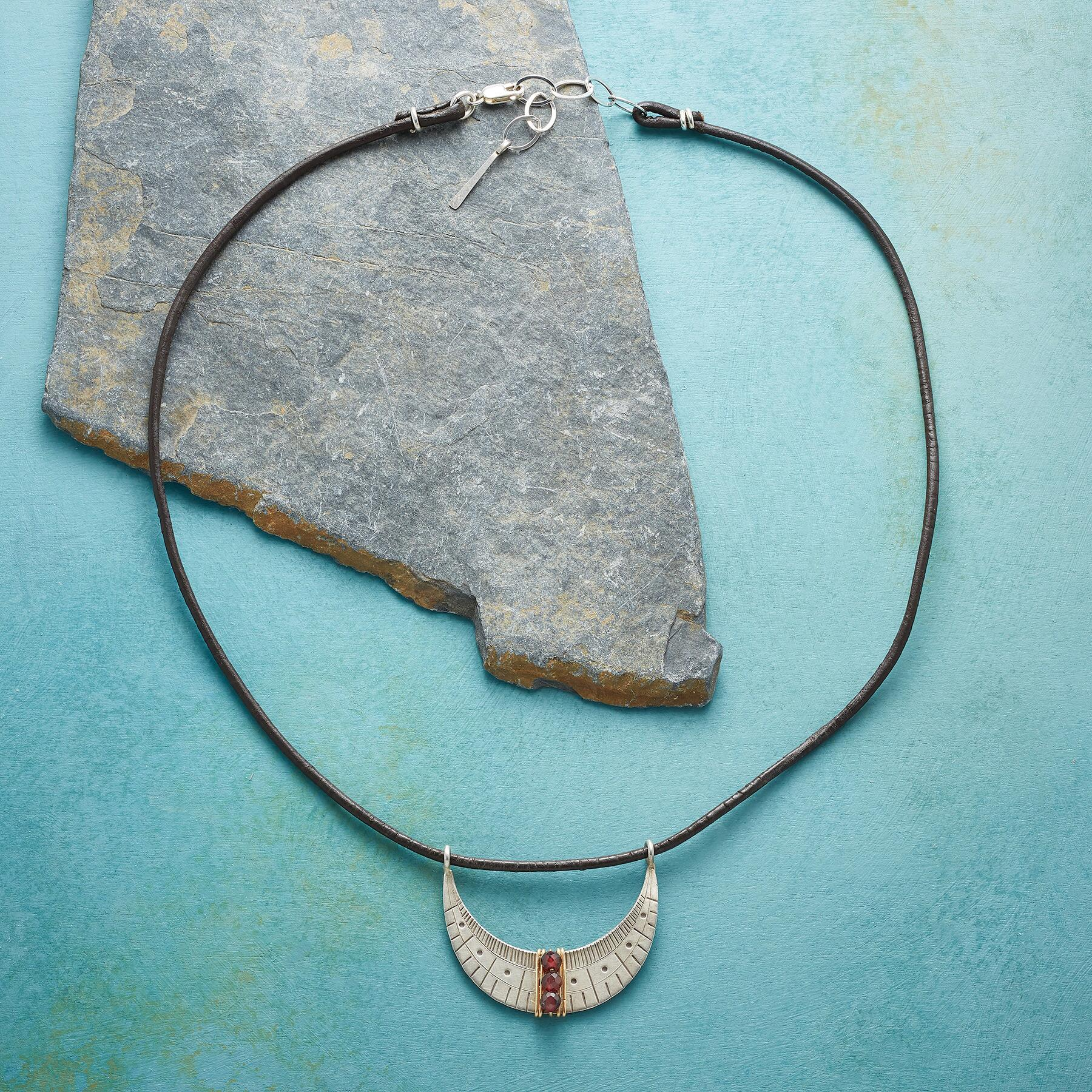 SAIL BY THE STARS NECKLACE: View 2