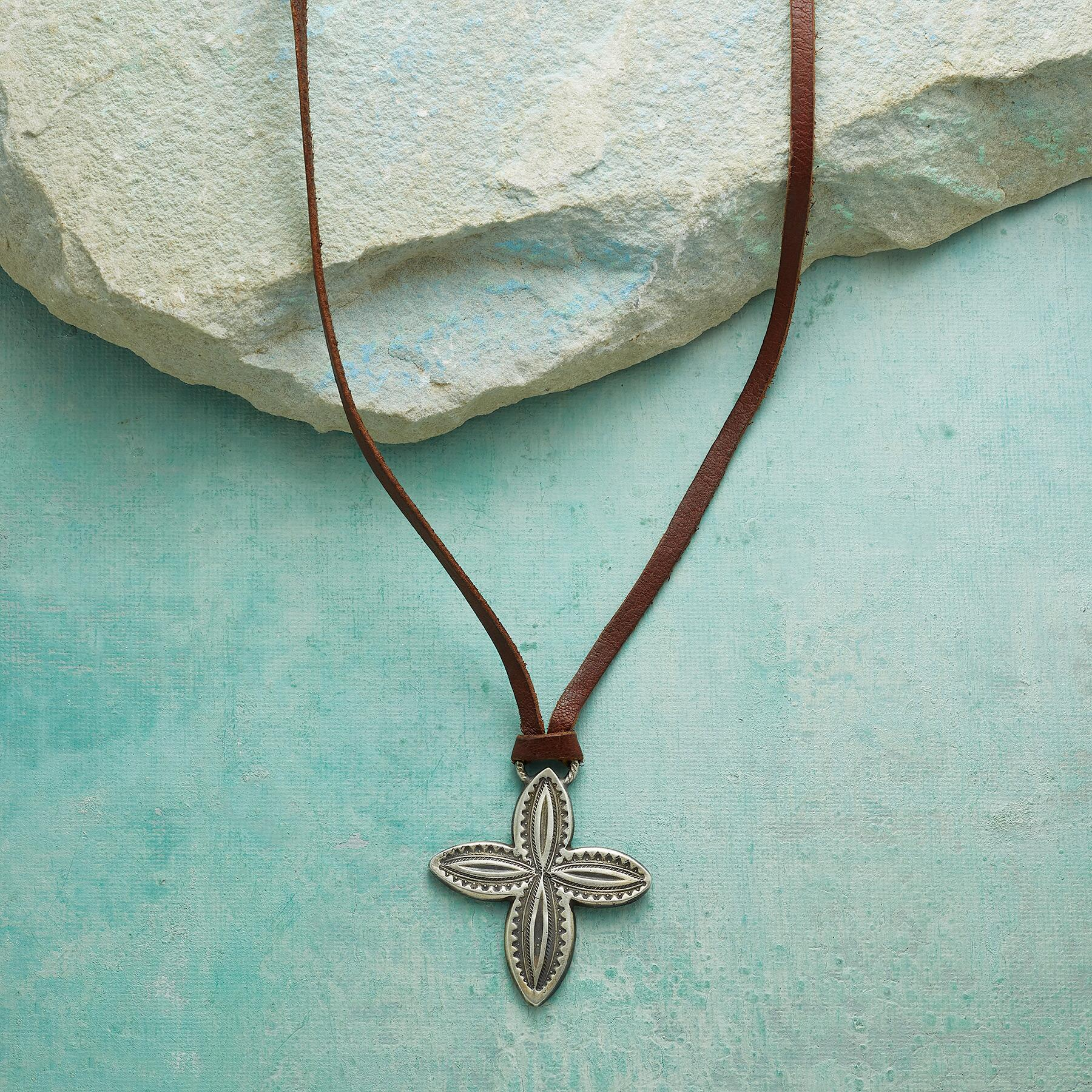 WESTERN CROSS NECKLACE: View 1