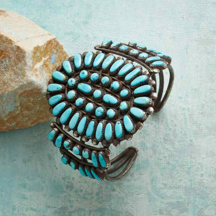 1950S TURQUOISE CLUSTER CUFF