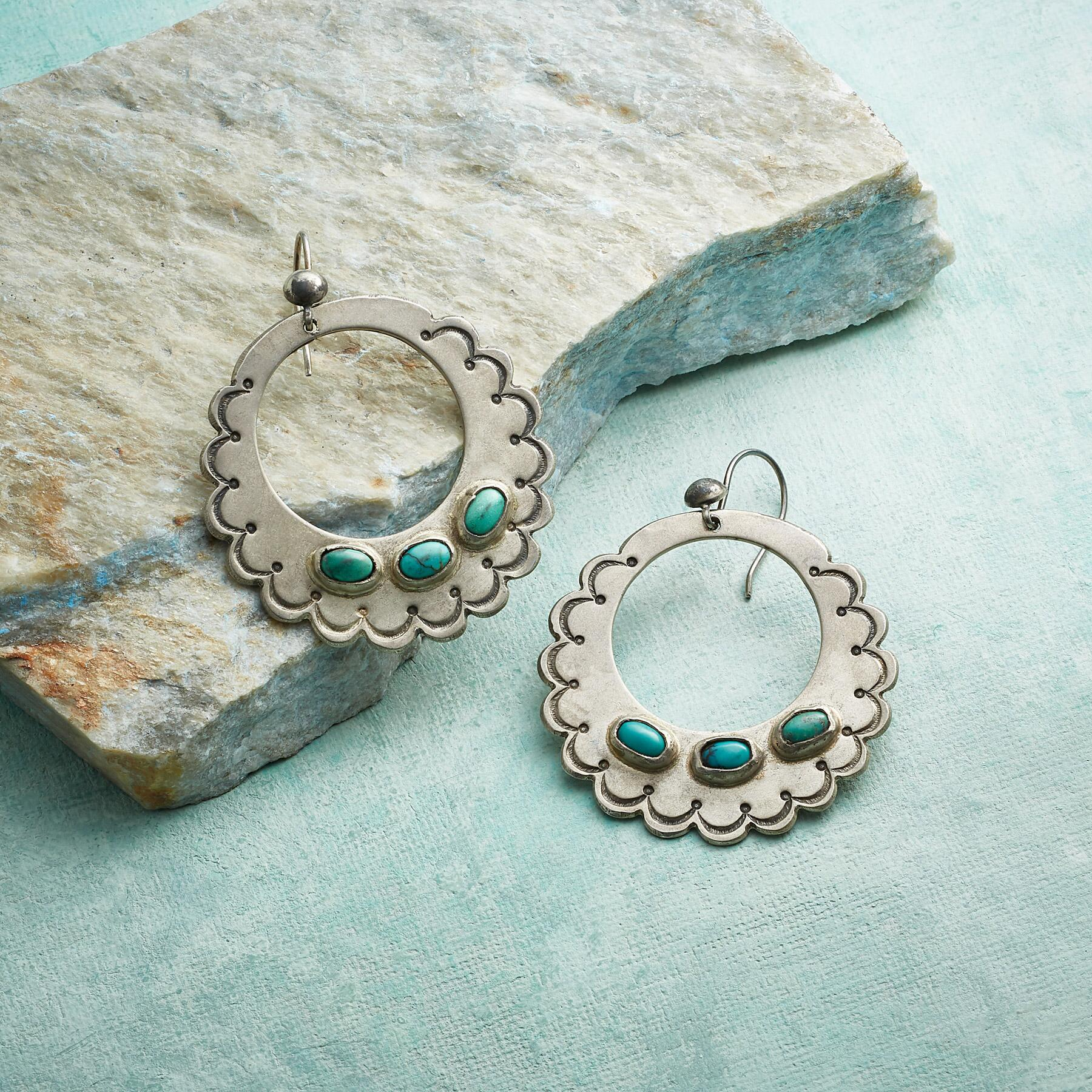 SCALLOPED STERLING EARRINGS: View 1