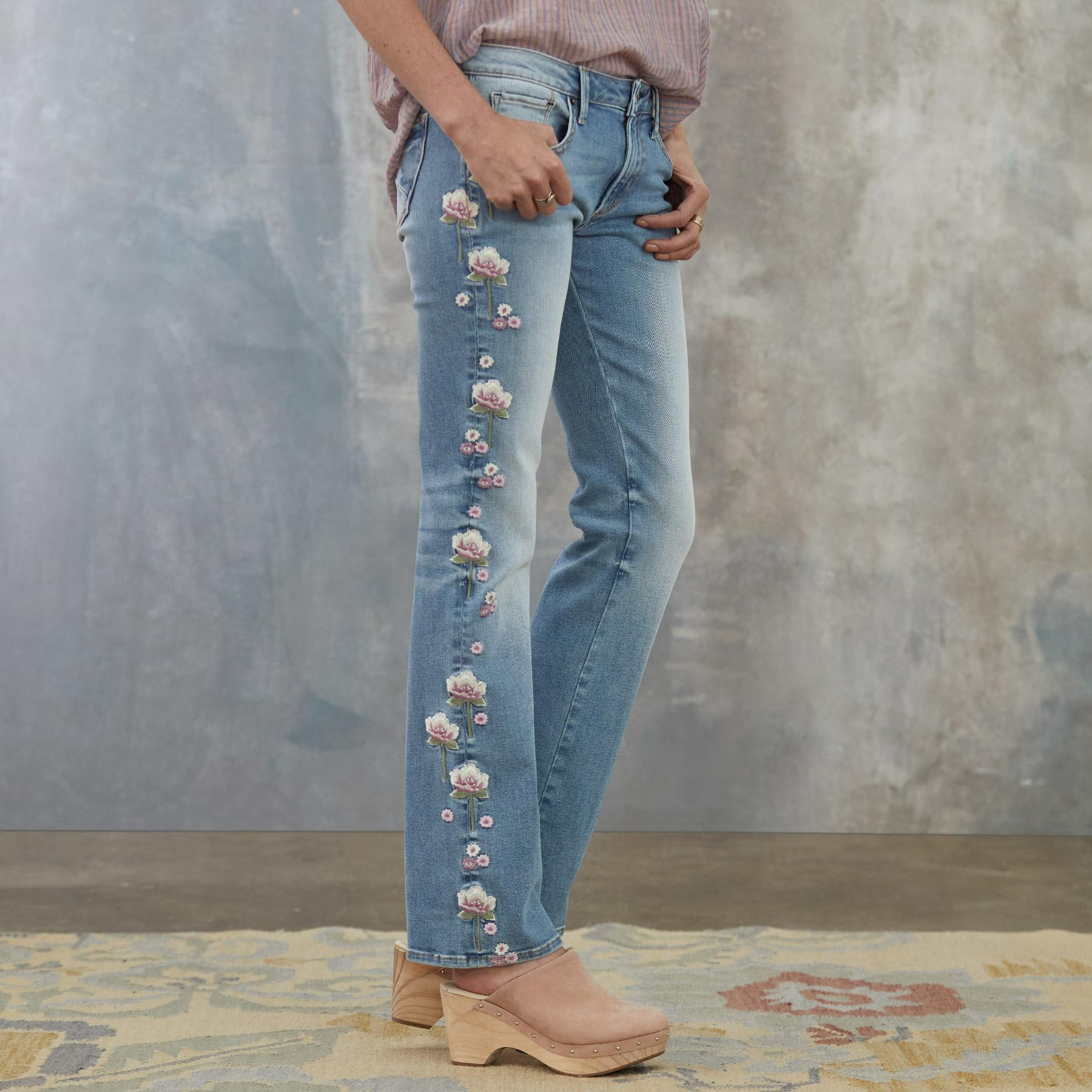 KELLY LOLLI JEANS: View 1