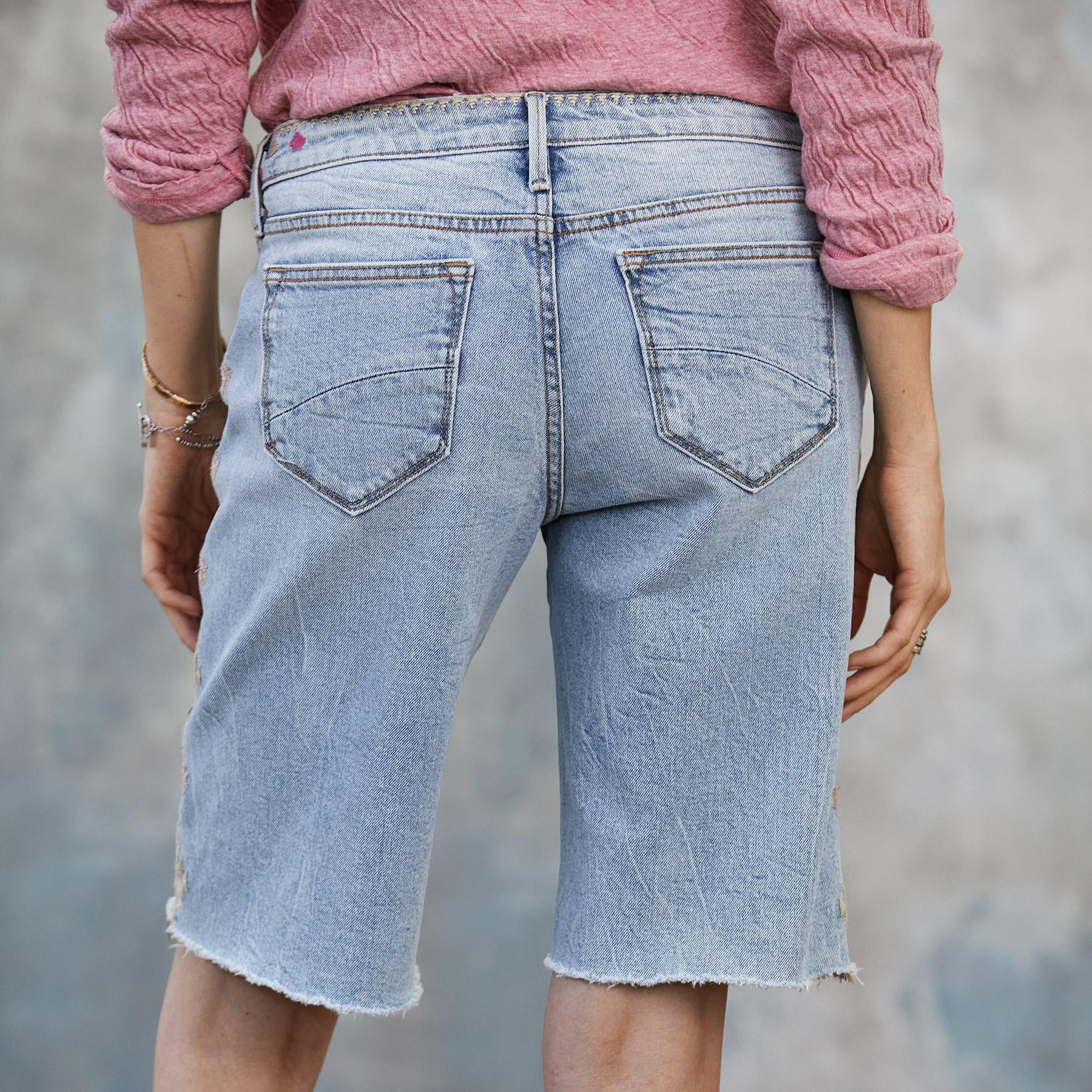 JILL EMBROIDERED SHORTS: View 2