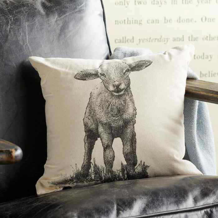 LITTLE LAMB PILLOW